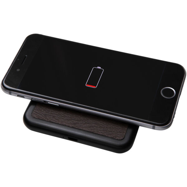 Solstice wireless charging pad (12395001)